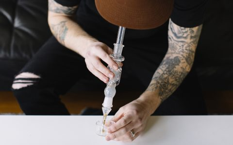 post-image-The Avid Dabber: Dabbing With a Nectar Collector